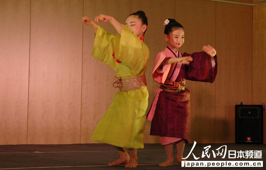 日本冲绳花族少女舞蹈团在北京举行公演【2