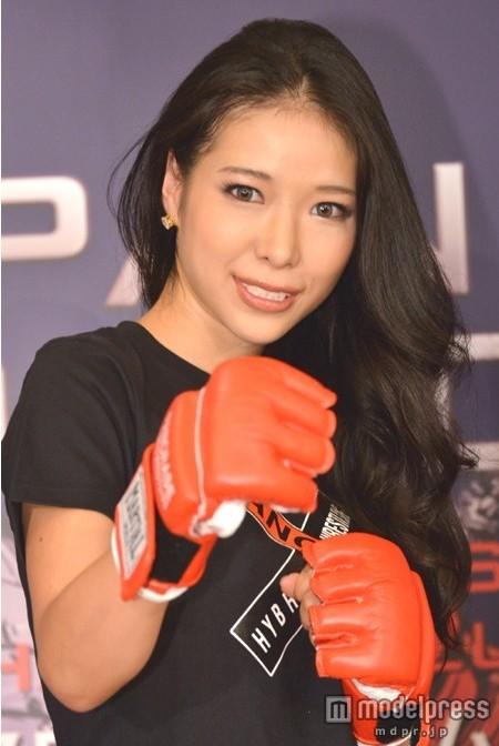 日本性感美女草刈红兰将大胆尝试格斗竞技